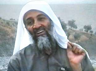 (FILES) This frame grab from the Saudi-owned television network MBC (Middle East Broadcasting Center) shows alleged terror mastermind Osama bin Laden gesturing an undated videotape broadcast by the Dubai-based MBC 17 April 2002. A report from the French secret services (DGSE) dated 21 September 2006 and published 23 September 2006 in the French regional newspaper L ´Est Republicain says that the Saudi secret services are convinced that Al-Qaeda Osama bin Laden died of typhoid while in Pakisan in August 2006. AFP PHOTO FILES / MBC